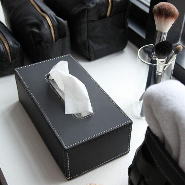 tissue-box-in-wind
