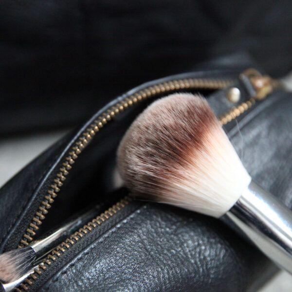 vintage-cosmetic-bag