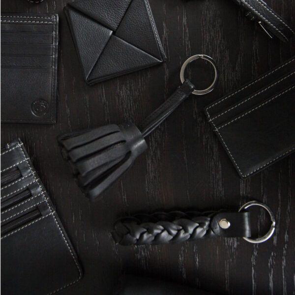 braided-keyring-dark