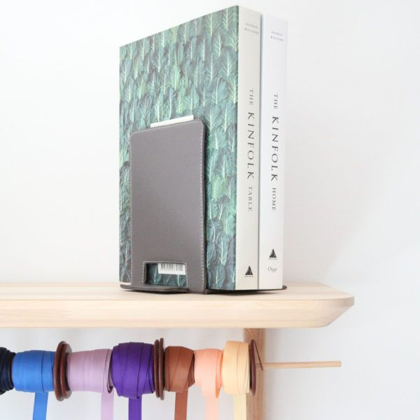 bookend-leather-in-office