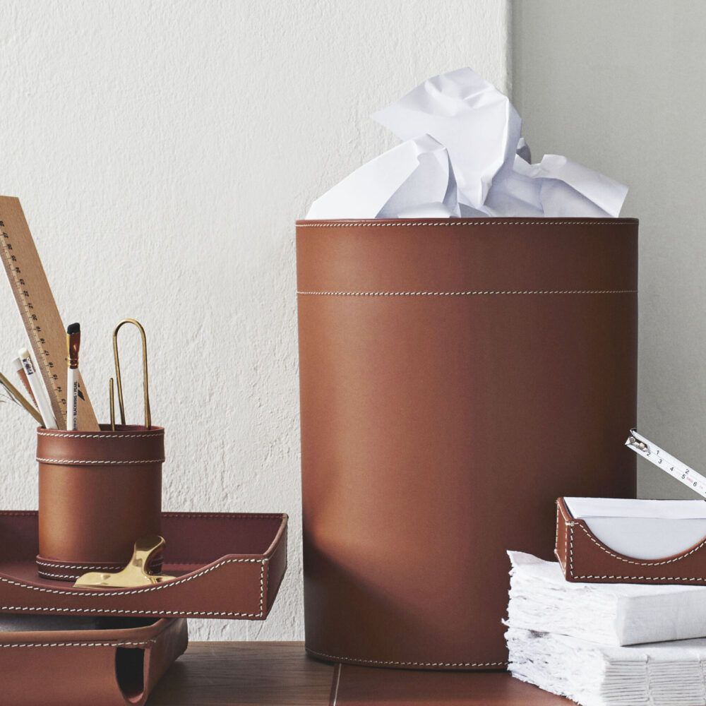 paper-basket-with-paper-in